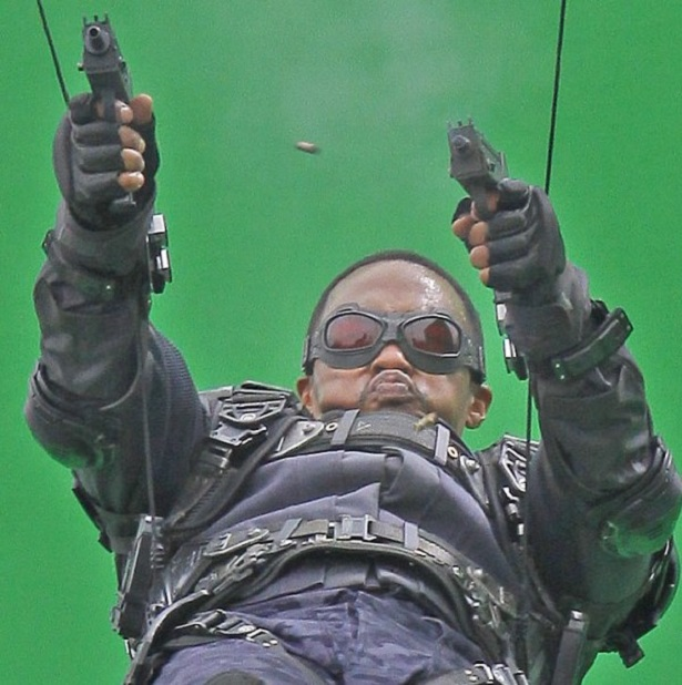"""EXCLUSIVE Anthony Mackie, who plays The Falcon, was spotted on the set of """"Captain America: Winter Soldier"""" filming on location in Los Angeles doing his own stunts in front of a giant green screen. Featuring: Anthony Mackie Where: Los Angeles, CA, United States When: 01 May 2013 Credit: Shinn/JFXimages/Wenn.com"""