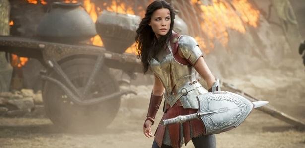 Jaimie-Alexander-in-Thor-The-Dark-World-2013-Movie-Image-2