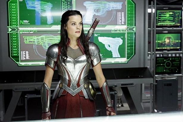 New Sif Photos From Her AGENTS OF S.H.I.E.L.D. Guest Spot_Sif5