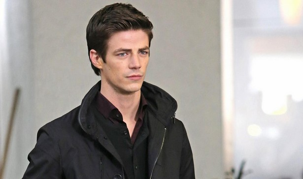 grant-gustin-begins-filming-the-flash-11